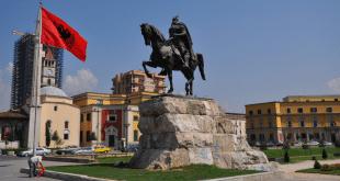 Arnavutluk'un Başkenti Tiran Hakkında Herşey