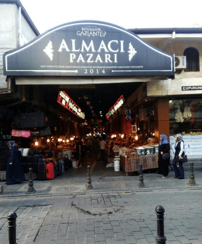 Almaci pazarı